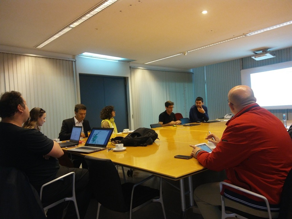 Momento de la reunión. ACIS, Consellería de Sanidade, HS, DHI, Gobierno de Baja Silesia